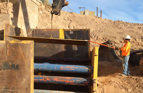 trench shoring plate work